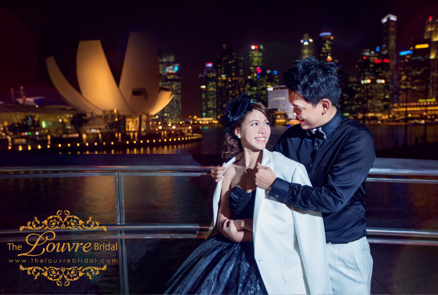 The-Louvre-Bridal-Singapore_Pre-Wedding-Photography-Fun-Loving-theme6